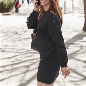 XS- Athleta Snappy Sweatshirt Dress black